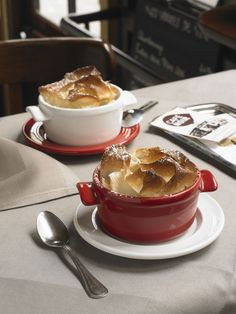 Naczynie MINI COCOTTE - miętowe - Emile Henry - DECO Salon  #soup #casserole #dessert #chocolate #fondue #kitchenaccessories #baking #giftidea
