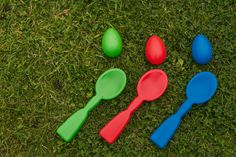 Garden games at a wedding egg and spoon race anyone #gardengames #weddingentertainment #keepingguestsentertainedatweddings