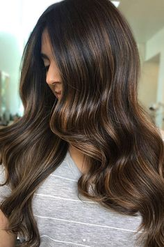 Long Wavy Ash-Brown Balayage - 20 Light Brown Hair Color Ideas for Your New Look - The Trending Hairstyle Golden Brown Hair, Brown Blonde Hair, Light Brown Hair, Black Hair, Red Hair, Dark Brunette Hair, Light Brown Highlights, Blonde Highlights, Caramel Highlights