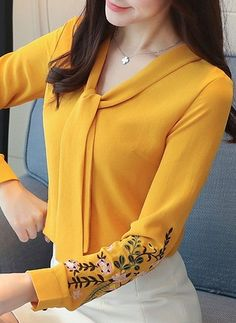 New Women Blouses Long Sleeve Chemisier Femme Blusas 2018 Spring Summer Office Lady Chiffon Shirts formal tops female clothing Kurti Neck Designs, Dress Neck Designs, Blouse Designs, Blouse Styles, Stylish Dresses, Fashion Dresses, Fashion Blouses, Hijab Fashion, Business Dress