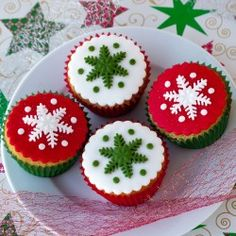 Christmas Cupcakes from Jo Cooks