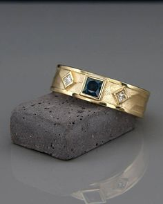 Hey, I found this really awesome Etsy listing at https://www.etsy.com/il-en/listing/555834896/14k-gold-byzantine-etruscan-ring-set