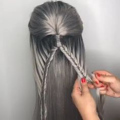 How to do a skipped french fishy braid?, Tutorials How to do a skipped french fishy braid? Braided Hairstyles Tutorials, Diy Hairstyles, Hairstyles Videos, Coachella Hair, French Hair, French Braids, Cool Braids, Vintage Hairstyles, Hair Videos