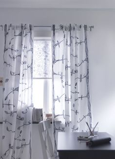 Liselott Ikea Roller Blind with Eivor curtain.  Layered styling with bird theme in black and white