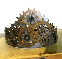 Steampunk Crown with a metal look - I would wear this. Daily.