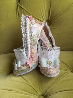 Marie Antoinette Costume Heels Shoes Rococo Baroque Fantasy Pumps Brocade Gold Rose Pink Snow White Lace Ruffle French Revolution Size 6.5 7 by HexHeartHollow on Etsy https://www.etsy.com/listing/230989523/marie-antoinette-costume-heels-shoes
