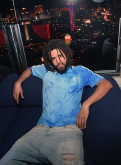 Cole Photos - Recording artist J. Cole attends the Apex Social Club at Palms Casino Resort on May 2018 in Las Vegas, Nevada.Cole Surprise Performance At Apex Social Club At Palms Casino Resort J Cole, King Cole, Casino Outfit, American Rappers, Video Games For Kids, Casino Theme Parties, Social Club, Tumblr, Celebrity Photos
