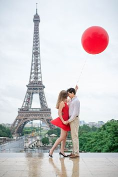 Dreamy Paris Engagement Shoot