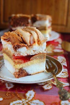 Apetyt i Smak: Benuś No Bake Desserts, Delicious Desserts, Yummy Food, Food Cakes, Cupcake Cakes, Sweet Recipes, Cake Recipes, Polish Recipes, Russian Recipes