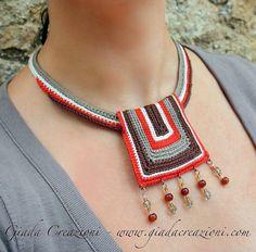 Afrika  ethnische Tribal Baumwollgarn Bib Kette von GiadaCortellini, €30.00