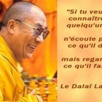 """Citation du DALAI LAMA """"If you want to know someone, don't listen to what he says but look what it does. Citation Dalai Lama, Citation Zen, Image Citation, Real Life Quotes, Wise Quotes, Inspirational Quotes, Good Quotes For Instagram, Cute Captions, Short Poems"""