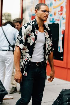 Camisa Resort, Camisa Tropical Masculina, Camisa Havaiana. Macho Moda - Blog de Moda Masculina: Camisa Resort Masculina, Pra Inspirar e Onde Encontrar no Brasil? NYFW