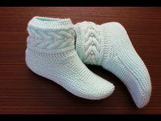 19 çeşitlerinden olan ve öncesinde sitemizde görenlerinde Baby Booties Knitting Pattern, Knitted Booties, Baby Knitting Patterns, Knitting Socks, Crochet Motif Patterns, Crochet Baby Clothes, Knitting Videos, Slipper Boots, Boot Cuffs