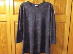 NWOT, WOMEN'S NAVY TOP WITH SILVER THREADING, SIZE 14W/16W #BobbieBrooks #Blouse.  eBay item number:132184807504