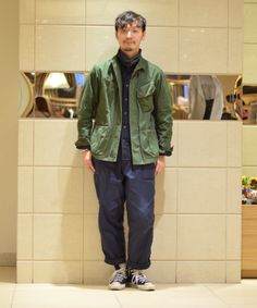 Men's Fashion – How to Nail Office wear – Designer Fashion Tips Fashion Models, Mens Fashion, Fashion Outfits, Military Looks, Look Street Style, La Mode Masculine, Japanese Street Fashion, Japan Fashion, Asian Style