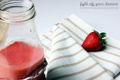 Find the recipe for this sweet and sour smoothie on http://fightoff-yourdemons.blogspot.de