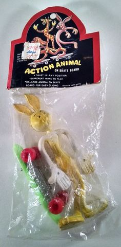 Rack Toy Aciton Animal On Skate Board Rabbit Bunny NIP Wired Hong Kong Skater