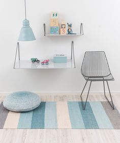 Rustige kinderkamer met zachtblauwe kleurtjes #kidsroom #sebra