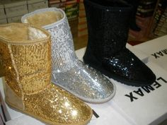 Golden silver black glittery uggs, (Not real gold)