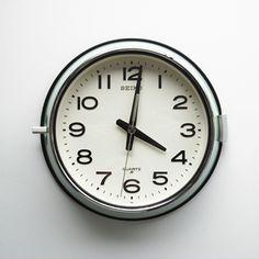 Dig this clock.