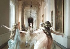 Russian Ark (2002). The entire 90 minute film was filmed in one shot.