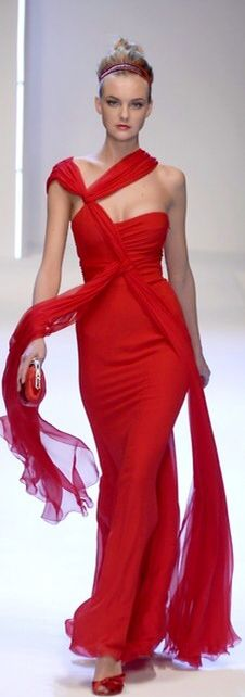 Valentino red dress.Gorgeous)