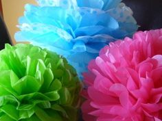 Tissue Paper Pom Flowers - Organize and Decorate Everything