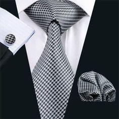 Walton Tie, Handkerchief and Cufflinks - www.sophgent.com - 1