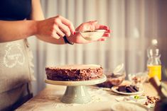 Going gluten-free is not just a fad, many people are feeling better without it. Here are 10 different ways to make homemade gluten free flour. Great British Bake Off, Home Baking, Baking Tips, Baking Recipes, Food Cakes, Gourmet Cakes, Baking Cakes, Fruit Cakes, Creaming Method