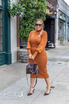 One of my favorite fall fashion staples is sweater dresses. That's why I decided I should also try out sweater two piece sets. I wasn't sure that sweater sets would work on me since I thought the skirts in sweater material would be too clingy. I was pleasantly surprised that they worked even better than I imagined. #clothing #orange #brown #outerwear #photos #shoefetish #trendyfashion #fashioninsta #ootn #fashionblog #twopiece #sweaterseason #sweaters Gucci Fashion, Trendy Fashion, Plus Size Fashion, Fashion Beauty, Fall Fashion Staples, Autumn Fashion, Sweater Skirt Set, Sweater Dresses, Gucci Outfits