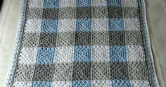 PLAID GRANNY in Grey / Blue   FRAZADA GRANNY ESCOCESA en gris y celeste             This is my third version of the PLAID GRANNY BLANKET ....