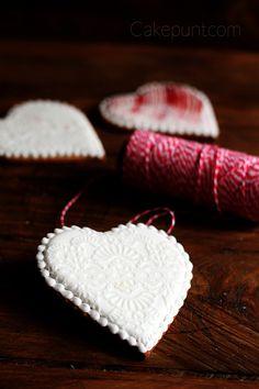 Os pensabais que no tenia nada para San Valentín? Todo mi amor para vosotras!! Aquí va mi pequeña contribución a este día que ya llega. Mil besos dulces!! http://cakepuntcom.blogspot.com.es/2017/02/galletas-para-san-valentin.html