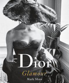 Dit boek over Dior 1952-1962 staat zeker op mijn wish list!