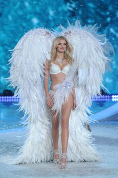 Victoria's Secret: ¡La pasarela más sexy del año! Lilly Donaldson