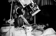 Roman Polanski, Faye Dunaway, and Jack Nicholson on the set of Chinatown (1974)