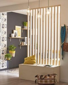 A removable DIY partition to separate your rooms, # . Living Room Partition Design, Living Room Divider, Room Partition Designs, Living Room Decor, Wood Partition, Room Divider Shelves, Diy Room Divider, Home Interior Design, Living Room Designs