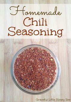 Learn how to make homemade chili seasoning that will save you money Homemade Chili Seasoning, Chili Seasoning Mix, Homemade Spices, Homemade Seasonings, Homemade Products, Spice Mixes, Spice Blends, Spice Rub, Kitchen