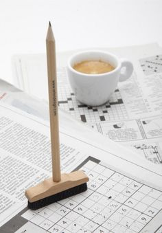 pencil design - This nifty pencil design includes a broom-style eraser attachment that allows people to easily sweep their mistakes away. This unusual looking eras. Pencil Design, Pencil Eraser, Pencil Cup, Back To School Gifts, Office Accessories, Surprise Gifts, Creative Design, Smart Design, Web Design