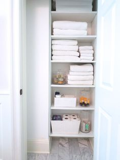FROM THE RIGHT BANK | bathroom closet