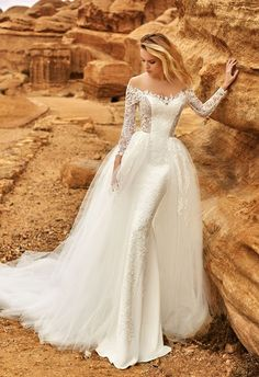 Featured Wedding Dress: Oksana Mukha; www.oksana-mukha.com; Wedding dress idea.