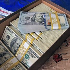 """""""Make Money From Home Today VIA Binary/Forex/Bitcoin trader,take advantage of th. Ways To Earn Money, Earn Money Online, How To Make Money, Money On My Mind, Money Today, Mo Money, Cash Money, Money Girl, Money Bags"""