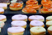 Find images of Donuts. Pan Dulce, Donut Shop, Confectionery, Sin Gluten, Doughnuts, Bakery, Sweet Treats, Food And Drink, Pizza
