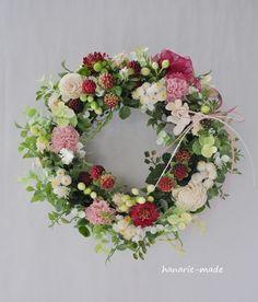 フランボワーズと小花:森のリース