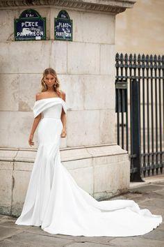 Cute Wedding Dress, Best Wedding Dresses, Bridal Dresses, Gown Wedding, Wedding Reception, Bhldn Wedding, Reception Dresses, Stunning Wedding Dresses, Wedding Ideas