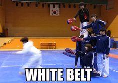 Ce ninja qui défie les lois de la gravité :
