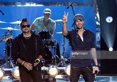 Enrique Iglesias (R) and Sean Paul perform 'Bailando' on SO YOU THINK YOU CAN DANCE airing Wednesday, September 3, 2014 (8:00-10:00 PM ET/PT) on FOX.