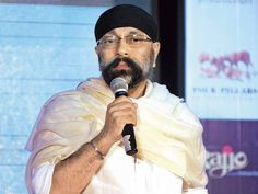 Music Director Uttam Singh will be honoured with 'Lata Mangeshkar Award for Lifetime Achievement' http://toi.in/TqY3Na  via @TOIEntertain