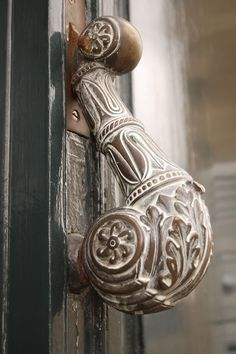 Door handle by sylviedjinn 14 Antique Door Knockers, Vintage Door Knobs, Door Knobs And Knockers, Black Door Handles, Knobs And Handles, Knobs And Pulls, Cool Doors, Unique Doors, Bronze