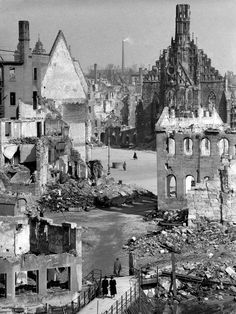 Fall 1945: The ruins of Nuremberg.The church at the far end of the square is the Church of Our Lady (Frauenkirche).
