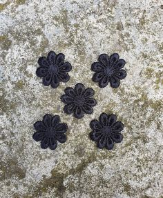 5 Black Lace Flowers, Mini Flower Appliques, Small Sewing Flowers Lace Flowers, Crochet Flowers, Baby Girl Scrapbook, Fancy Bows, Baby Shower Crafts, Blue Crafts, Decorative Bows, Shabby Chic Crafts, Wedding Bows